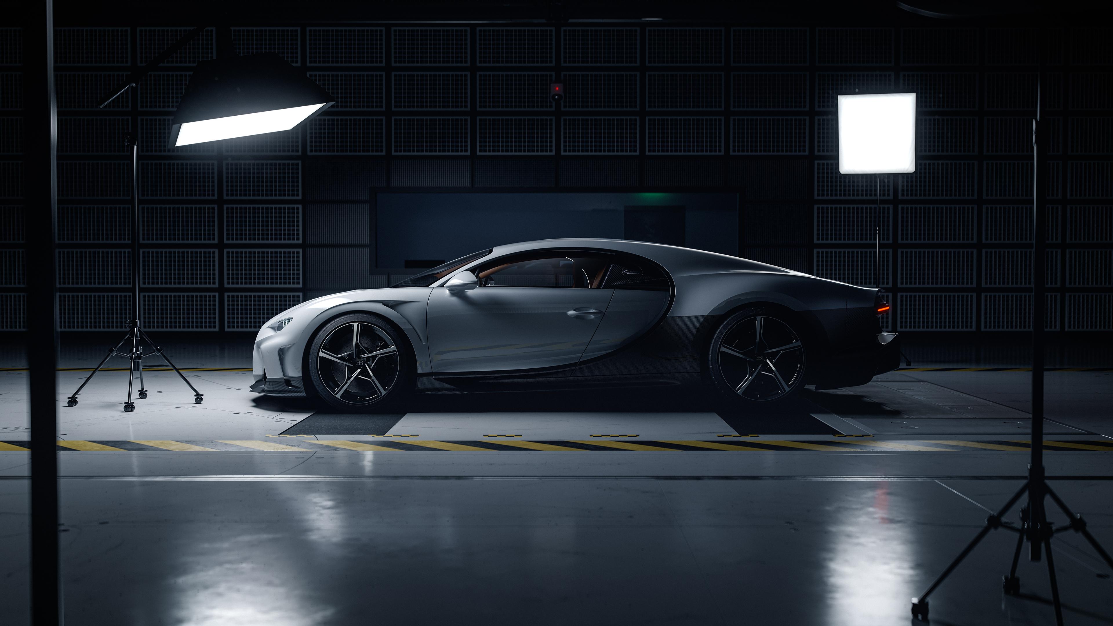 Bugatti Chiron Super Sport Side Rendering